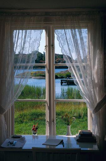 Um quarto com uma linda vista.