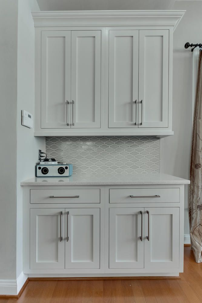Snowcap White Painted Kitchen Cabinets Flush Inset Cabinetry Legacy Door Style Adelphi Kitchens Kitchen Remodel Kitchen Cabinets Inset Cabinetry