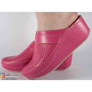 Saboti/Papuci roz inchis din piele naturala dama/dame/femei (cod 666)