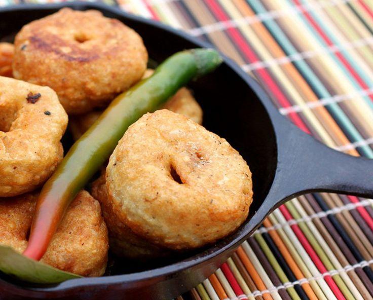 Bollywood Medhu Vada — Savory Indian Lentil Doughnuts | One Green Planet