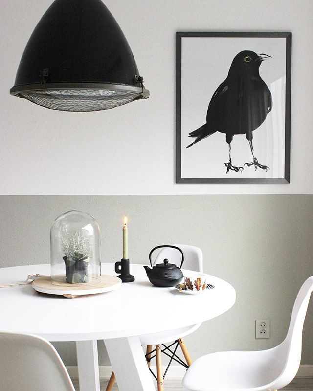 Lovely combination with black and white. #art #bird