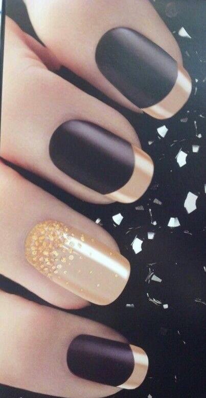 Nail Art - Black&Gold