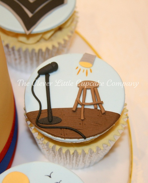 Cake Cupcakes Stand