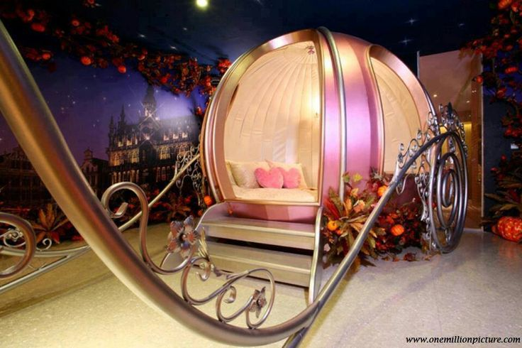 Cinderella bedroom set...is it wrong i want this now???