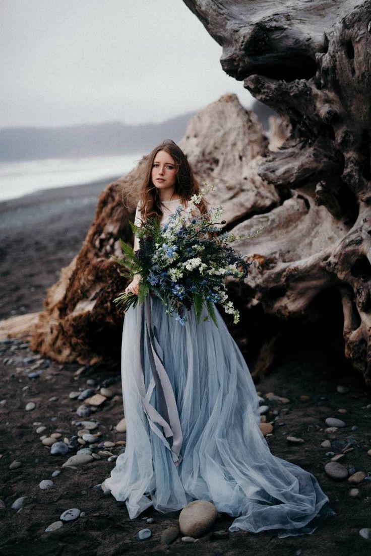 Moody Bridal shoot on Washington's Olympic Peninsula via Magnolia Rouge