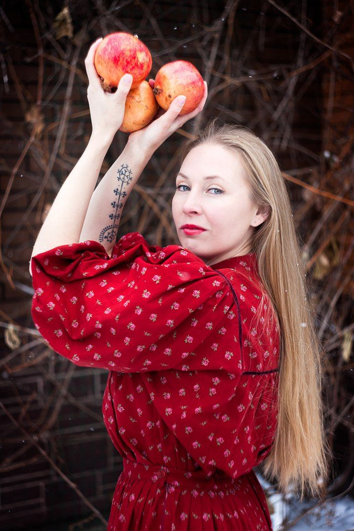 Думаю, что на сегодняшний день - это одна из самых моих лучших работ во всех планах. Четко, архаично, душевно, ясно... Работе два года уже и я до сих пор помню, как мы ее начинали делать....  #тату #татуировки #татумастер #татуировщик #татуньюскул #татумосква #татусалон #татухи #татуэскиз #эскиз #татуаж #татувмоскве #tattoo #tattoed #tattoopokolesim #tattooartist #tattooart #inc #art #tatts #tattoos #tattoo #tattoo #tattoomoscow #tattooinrussia #татупоколесим