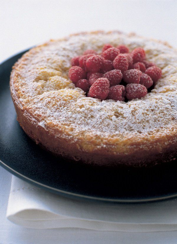 Easy Almond Cake - oh goodness this looks yummy. Love the marzipan!