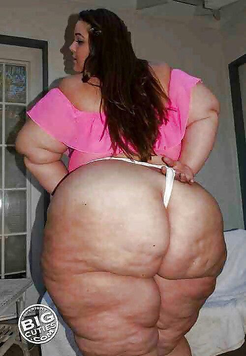 Fatty Woman With Tanga Pic 5