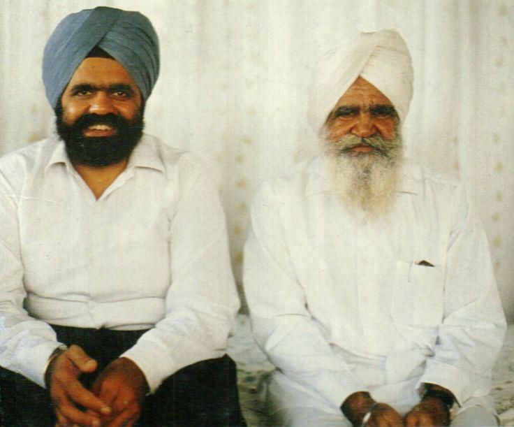 Two sants, Rajinder Singh and Darshan Singh.