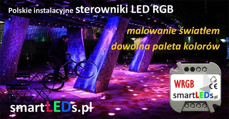 Dekoracja światłem domu. Dekoracyjne malowanie ścian światłem LED RGB zmiennym w czasie. Dowolna paleta kolorów, kolory ścian. Programowalny sterownik RGB.