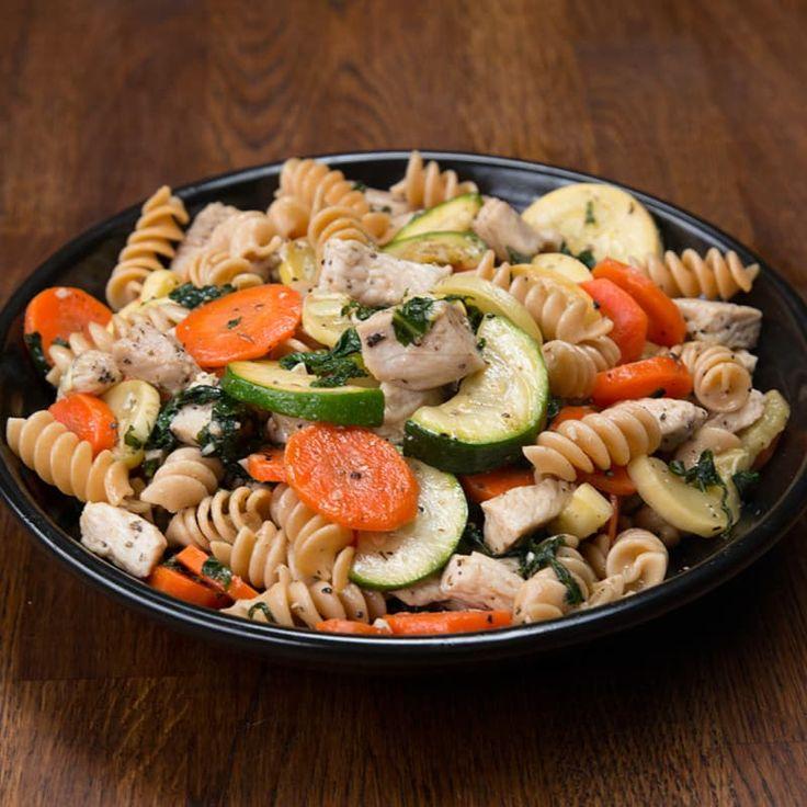 Chicken pasta veggie garlic olive oil