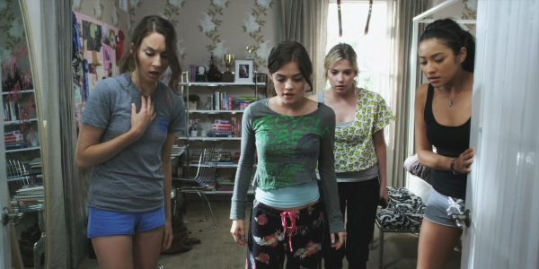 What do they found in the closet? | Pretty Little Liars #Episode5RealityBitesMe