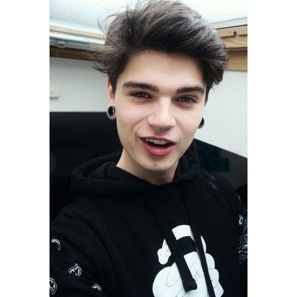 Christopher Mccrory hot emo boys ❤ liked on Polyvore featuring boys, people, guys, photos and hair