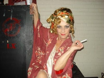 miss hannigan costume