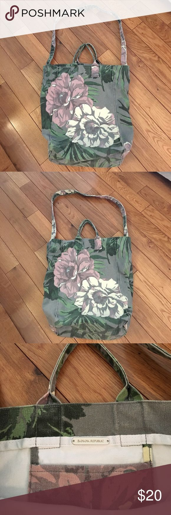 Banana Republic canvas tote bag Unique! Top handles or shoulder strap that can be tucked inside. Inside pocket. Sequin trim on floral print. Banana Republic Bags Totes