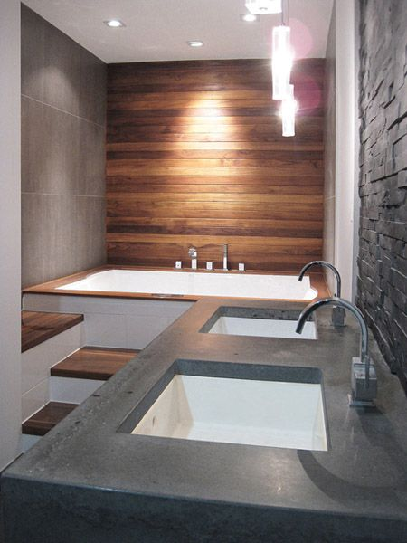 I'm in love why can't my bathroom be bigger..... Hmmmmm maybe we can make the…