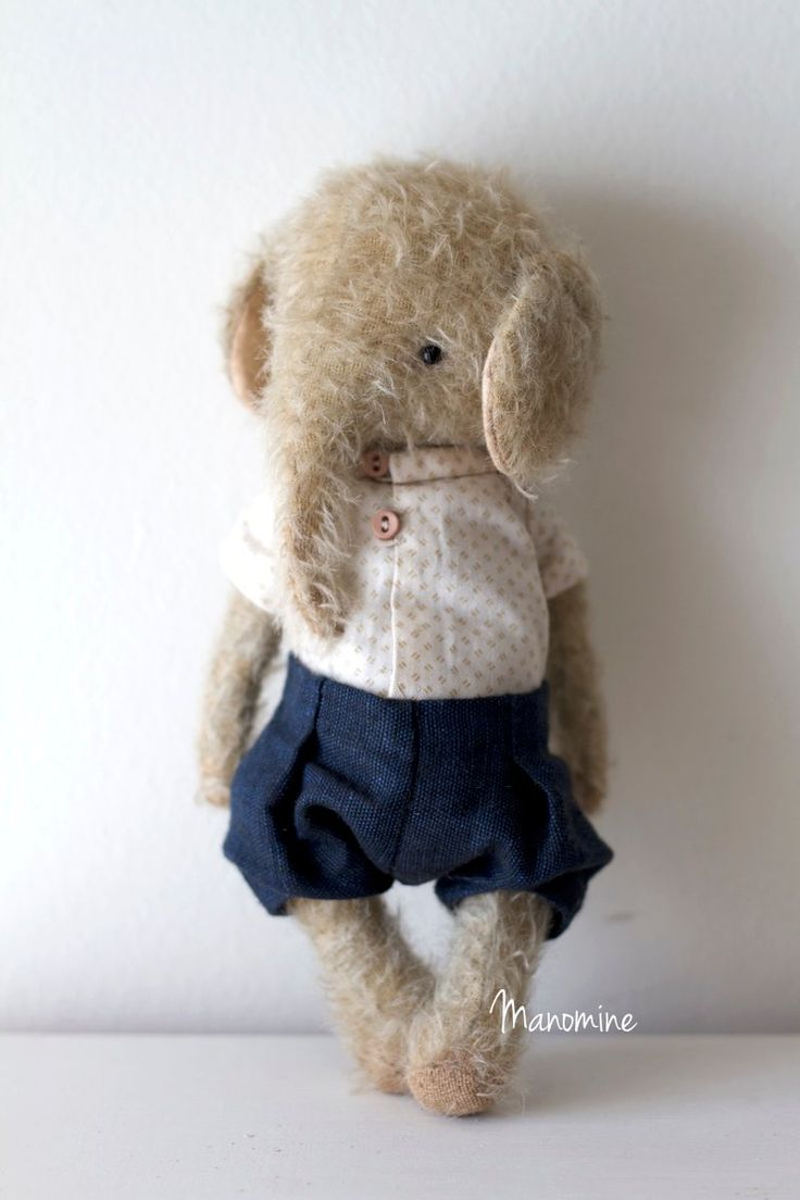 PLEASE NOTE THIS TOY IS RESERVED FOR ANNIE. My first little elephant, 23cm tall. He is fully jointed and made from a beige mohair fabric. He has cl...