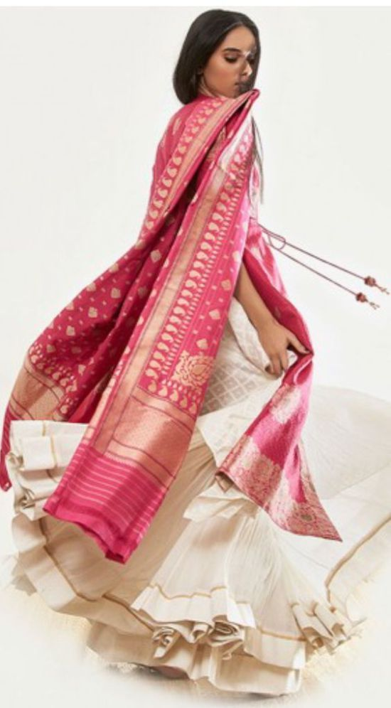 A twirl whilst wearing this 'banarasi' handwoven dupatta....perfect for that festive occasion; or a wedding too!