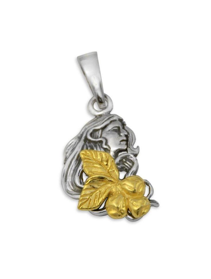 Ciondolo Gerardo Sacco, mese di Ottobre. Un pendente ispirato all'autunno in oro bianco e giallo firmato dal maestro orafo calabrese.  #autunno #gerardosacco #charms #ottobre #mesi #autumn #months #october #gioielli #jewels #madeinitaly #fattoamano