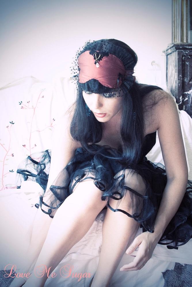 """Burlesque Burlesque"" silk sleep mask with Swarovski by Love Me Sugar"