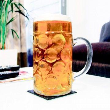 Si la #pinta no tiene una capacidad digna de tí... qué te parece un litro?  Lo puedes encontrar aquí: http://www.regatron.es/jarra-cerveza-gigante.html
