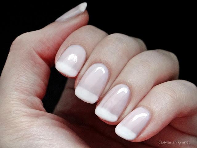 Ida-Marian kynnet / French manicure (gel nailpolish, natural nails) / #Nails #Nailart
