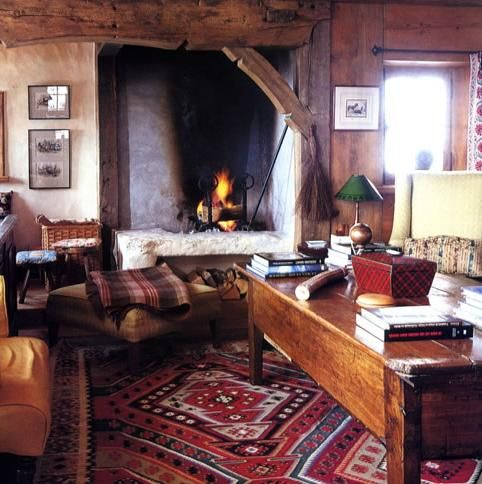 Rustic Living Room... I Am In LOVE With This Fireplace! The Rug
