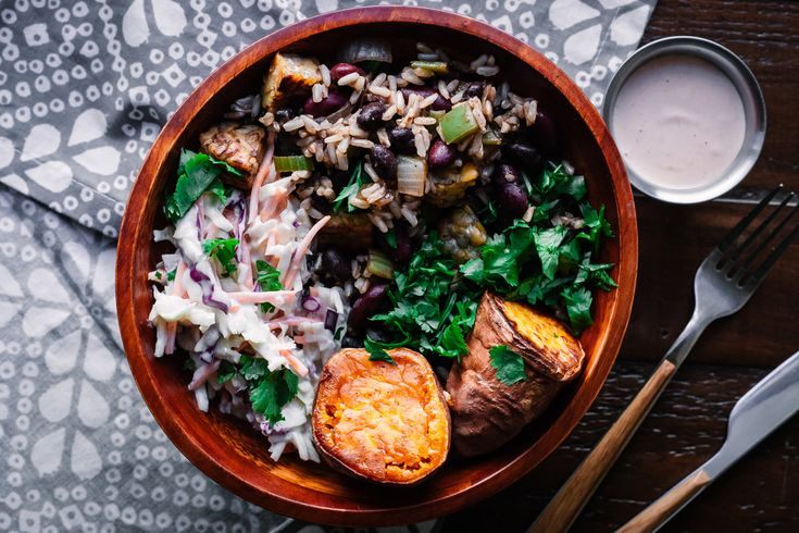 Vegetarian Barbecue Bowl with Dirty Rice and Tempeh - THIS LIFE UNDONE