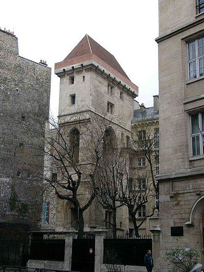 Rue Etienne-Marcel - Paris 1er - La Tour Jean-sans-Peur (1409-1411)