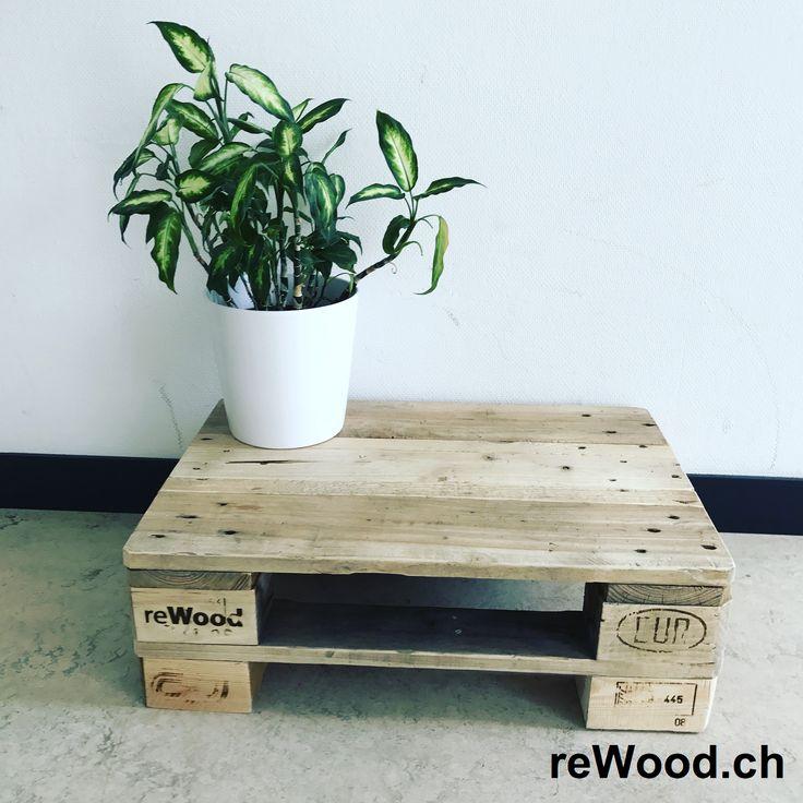 Sofatisch von reWood //  Palettenmöbel aus der Schweiz, Bern, Biel // marcorothphotography.ch