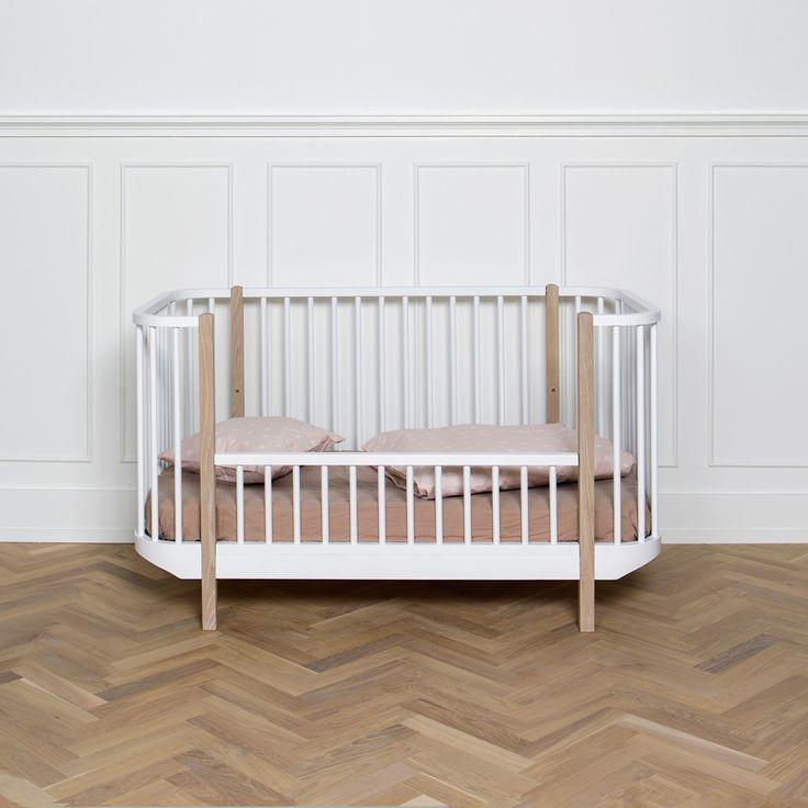 Oliver Furniture Baby- und Kinderbett 'Wood' weiß 70x140cm - im Fantasyroom Shop online bestellen oder im Ladengeschäft in Lörrach kaufen. Besuchen Sie uns!