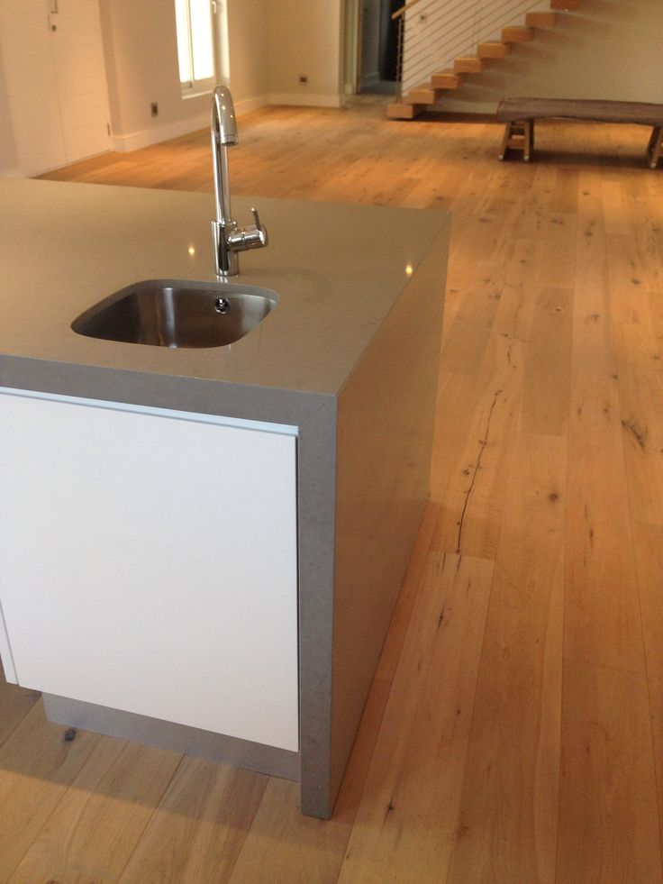 Caesarstone Oyster Island with mitre leg detail.