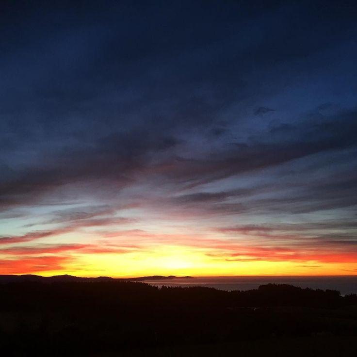 Good morning Friday! #clearskies #clutha #otago #sky #sunrise #ocean #nofilter