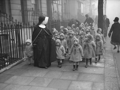 Nuns with kids. www.urbanrambles.com