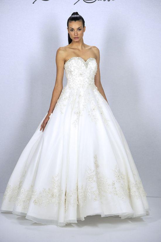 une-robe-de-mariee-magnifique-36 et plus encore sur www.robe2mariage.eu