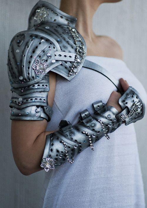borgdena:    Pauldrons and Arm Braces by vofffka