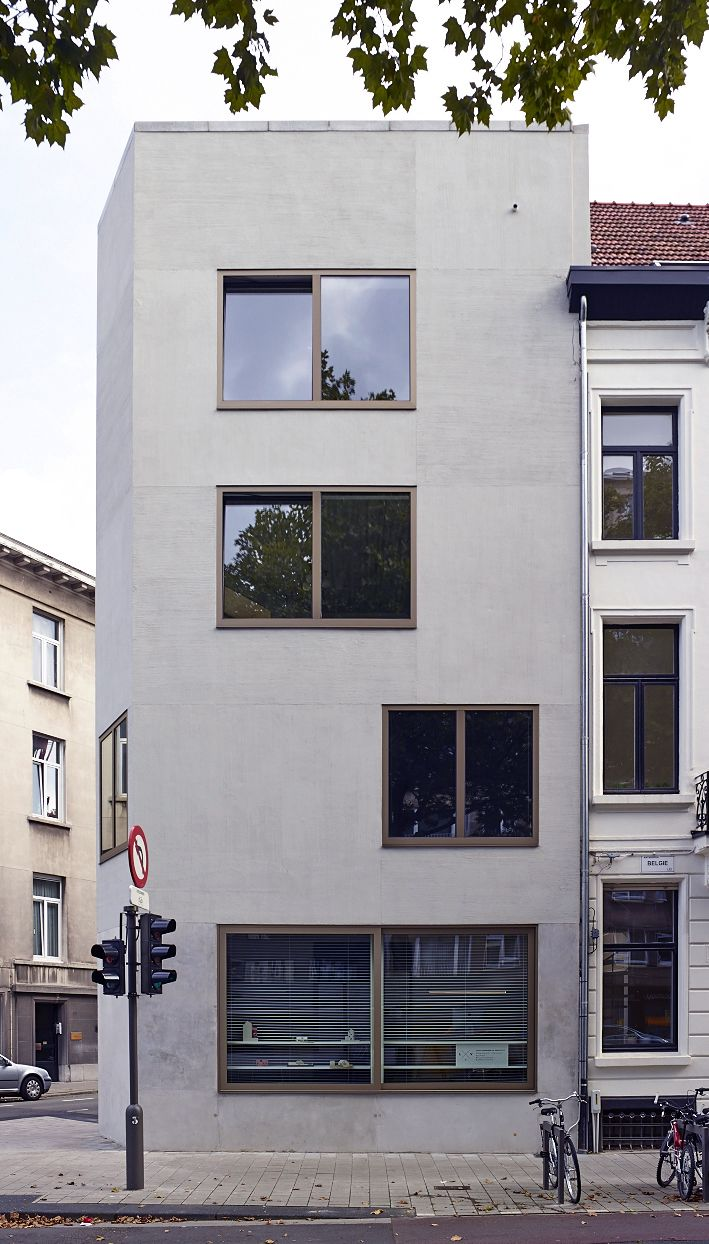 http://www.lievevermeiren.be/1210JLH.html