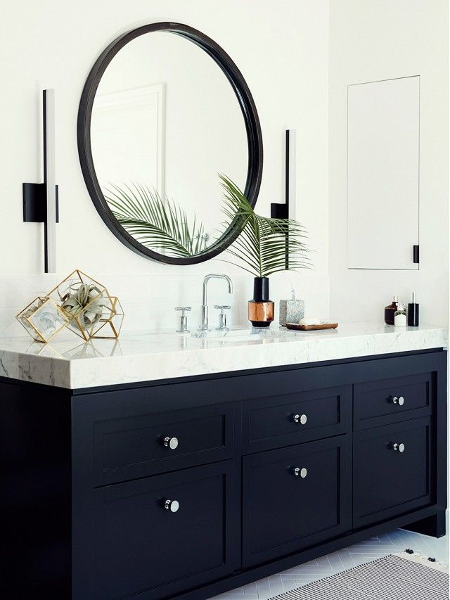 Before & After: A Must-See Bathroom Makeover via @domainehome Like this mirror