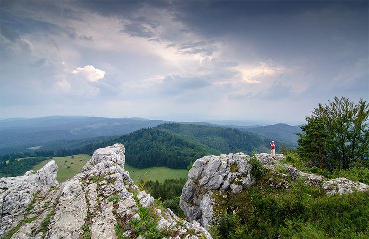 Slovenský Vyšehrad, pohľad smerom na celý Turiec. Viac vo výlete: http://www.podmevon.sk/vylet/vysehrad-zo-sedla