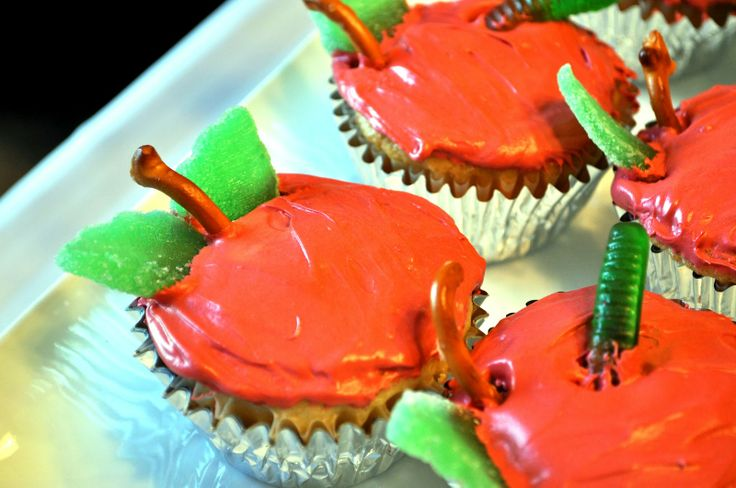 Bless This Mess: The Very Hungry Caterpillar Party Cupcakes