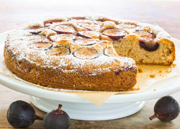 Elegant Fresh fig cake