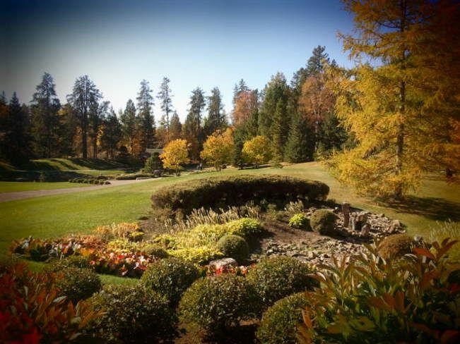 Devonian Gardens - Devon Alberta