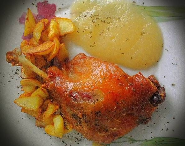 Confit de pato con compota de manzana