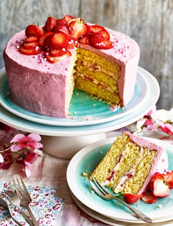 Strawberry and elderflower cake