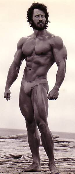 Frank Zane 1972   Old School   Pinterest   Bodybuilder and ...