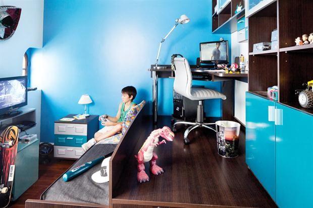 A los 13, Juan consiguió un cuarto donde puede darse todos los gustos. Mirá cómo se aprovechó al máximo el espacio disponible.