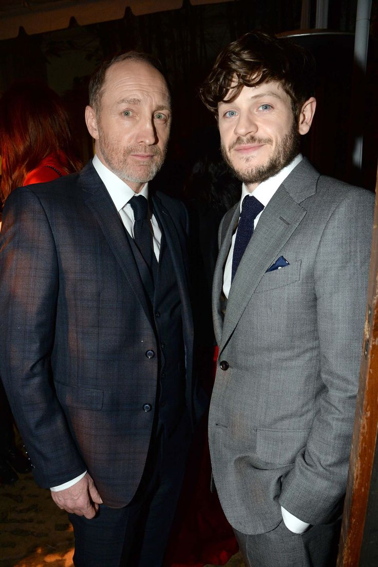 Conventions et autres sorties Ae5949da0400ac15f8d01b52acd9792e--michael-mcelhatton-game-of-thrones-premiere