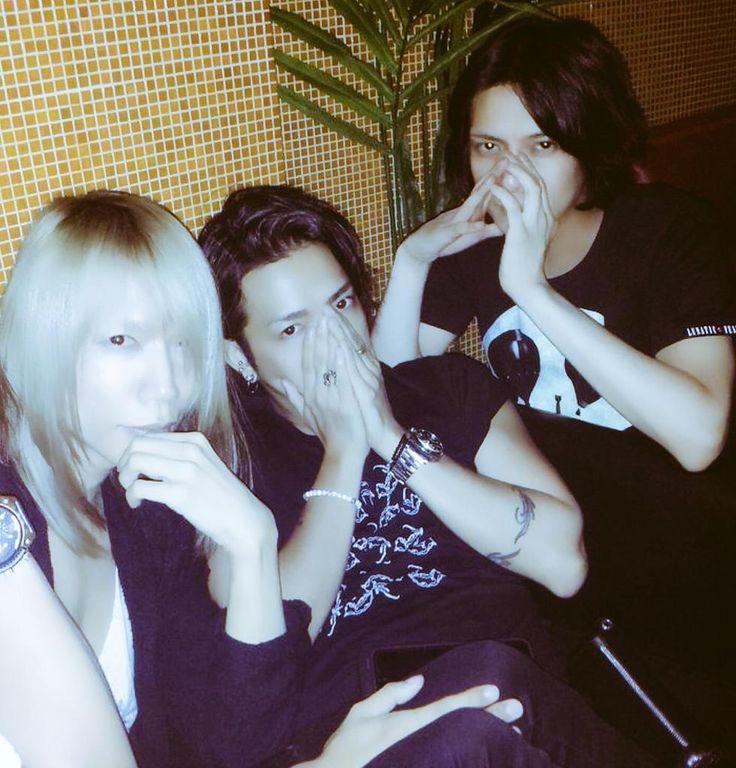 35歳になりました★ 昨日は素敵なお友達に祝って頂きました♪ 誕生日記念フォト Shinyaさん & Akiアッキー & Makoto