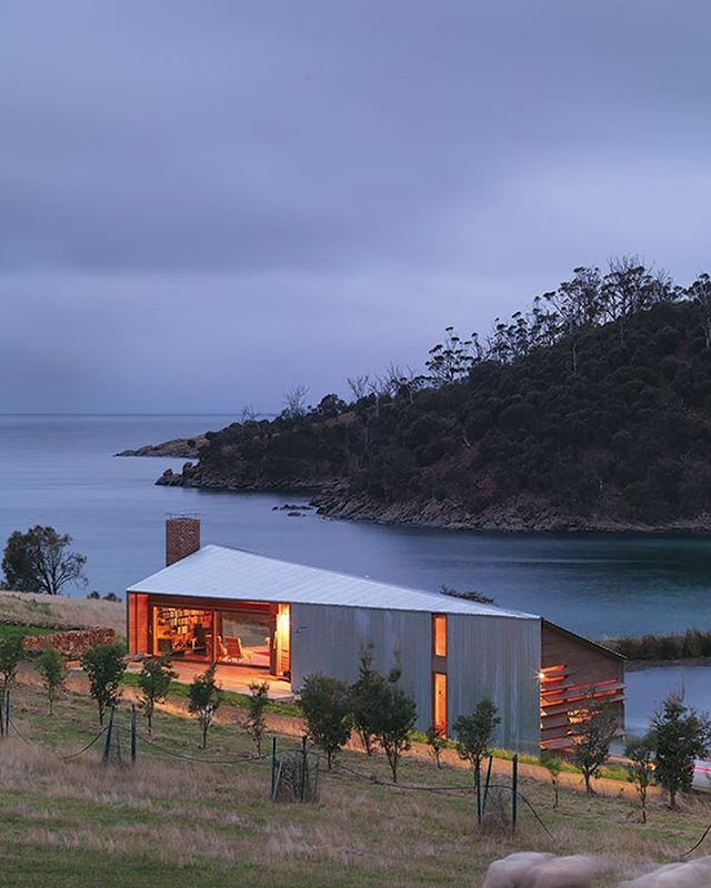 Shearers Quarters House. Bruny Island Tas. John Wardle architects. #lifemadesimple #australianarchitecture