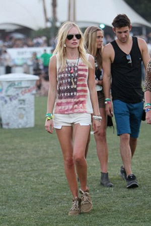 kate bosworth @ coachella with a shirt I want.: Style, Coachella, Festivals, Clothes, Kate Bosworth, American Flag, Festival Outfit, Katebosworth, Festival Fashion
